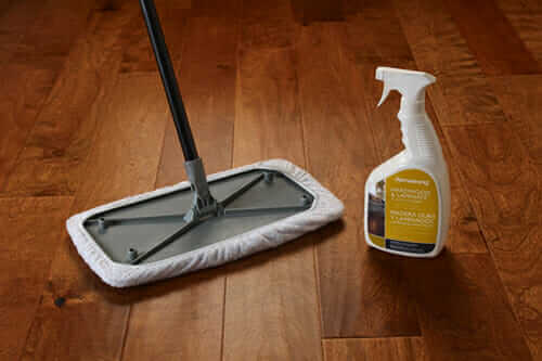 The 7 Best Laminate Floor Cleaners Of 2020 Thehousewire