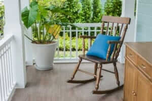 How to Protect Wood Floors from Rocking Chairs - The House Wire