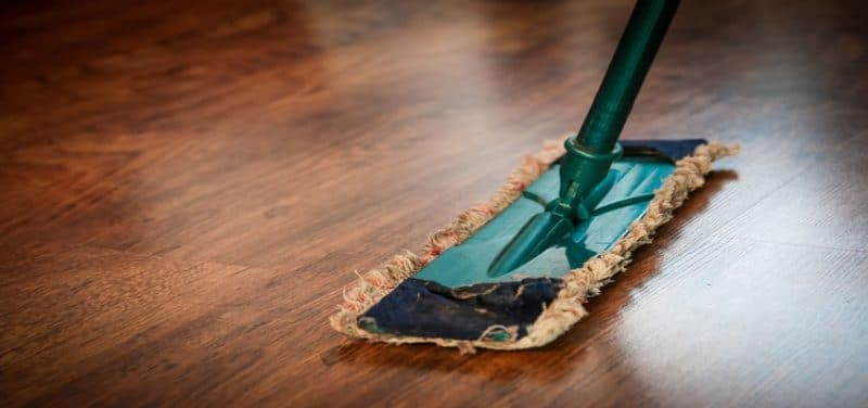 How to Efficiently Clean Your Floors with a Steam Mop